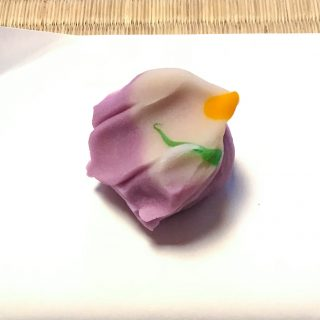 和菓子の恩 花菖蒲